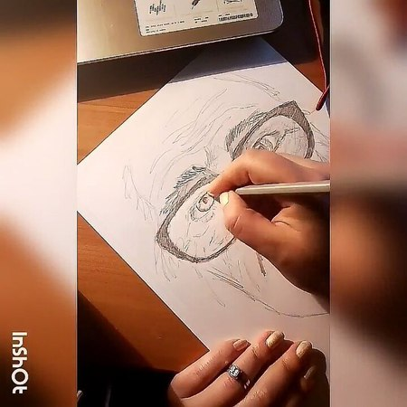 "Mayya Gaevska on Instagram: ""По быстрому наштрихала портретик старичка... drawing draw art photoshoots photolike photography photographers ..."