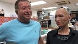 Первое в истории интервью с гиноидом София из суперзакрытой лаборатории компании Hanson Robotics