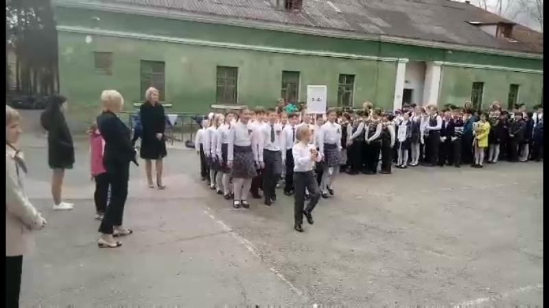 Страевая песня между классами ГРАН ПРИ ЗАВОЕВАЛИ😘😘😘😍😍😍😻😻😻УМНИЦЫ НАШ 3 БЕШКА💋💋💋
