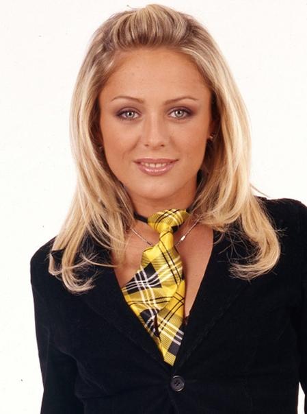 Певица Юлия Началова умерла всубботу вМоскве возрасте 38 лет, сообщила официальный представитель артистки Анна Исаева.