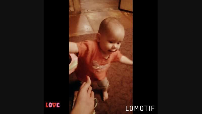 Lomotif_04-Окт-2018-20032733.mp4