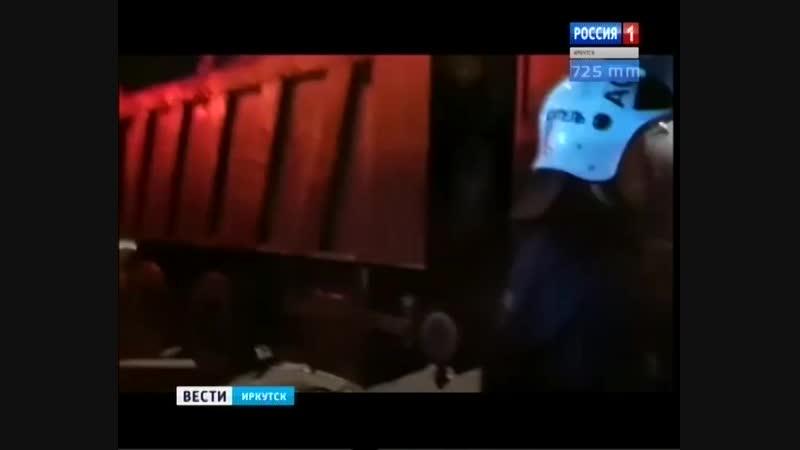 15-летняя девушка в реанимации после аварии грузовика с трамваем в Иркутске