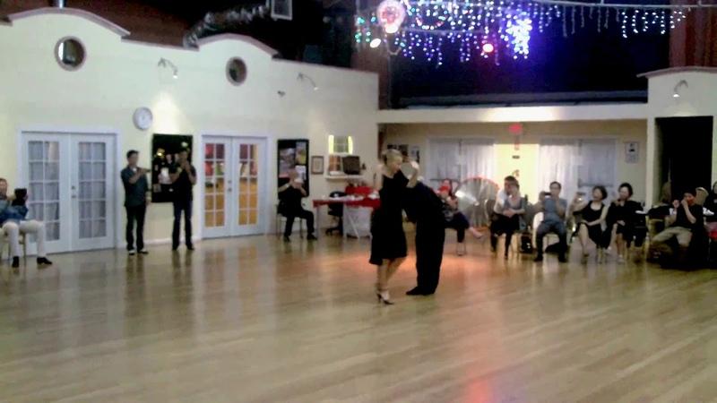 Иван Терразас и Сара Грдан - Аргентинское танго - Удивительный танец на Милонге.