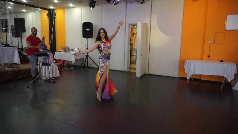 Калюжина Дарья, 2 место импровизация по живую таблу с Орханом Исмаилом, конкурс на восточной вечеринке 16.06.2018 г
