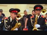 Суворовцы и Александр Ф. Скляр устроили флешмоб на вокзале