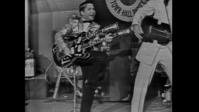 1959 Larry collins and Joe Maphis play live Ramrod!