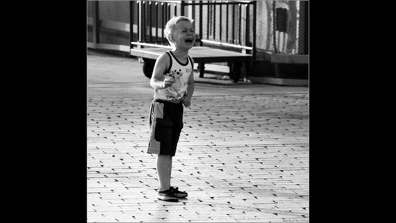 Потерялся мальчик. Поиск мамы.