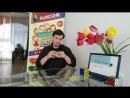 Виктор Никитин собирает кубик Рубика