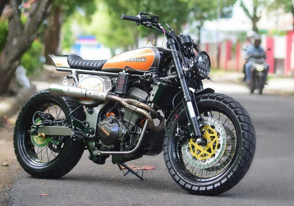 Стрит-трекер Kawasaki Ninja 250R