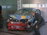 Audi Q7 vs Fiat 500 - CRASH TEST