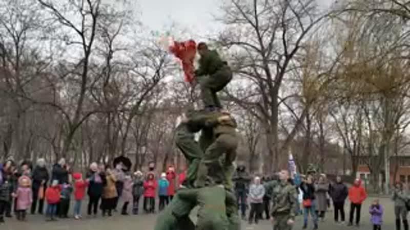 Выступление Военно Патриотического Спортивного клуба Русккий Медведь в Калининском районе г.Донецка