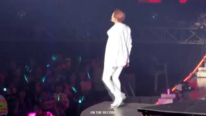 SWC4 SHINEE - excuse me miss ONEW.ver