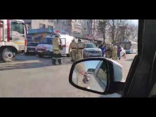 В Симферополе на улице Гагарина под колеса автомобиля Nissan Juke попала женщина.