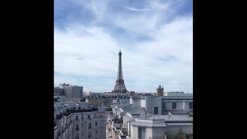 Когда окна выходят на Эйфелеву башню. Париж | Франция