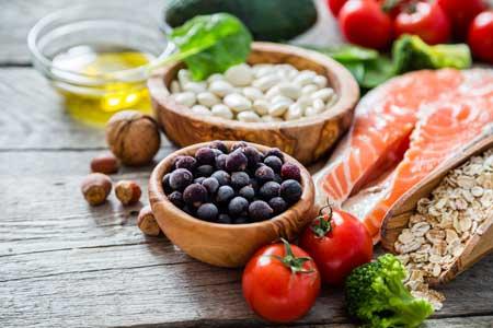 Лосось насыщен высококачественным белком, полезными жирами и разнообразными продуктами.