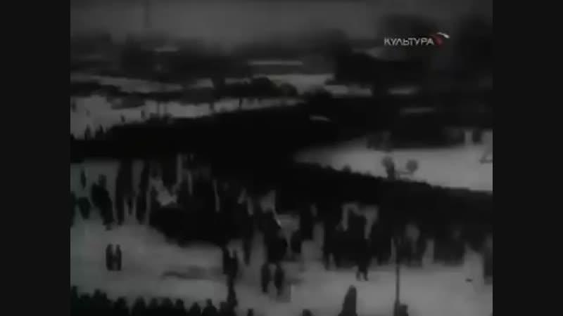 Казнь немцев в Ленинграде у к т Гигант, пл Калинина, 5 января 1946.mp4