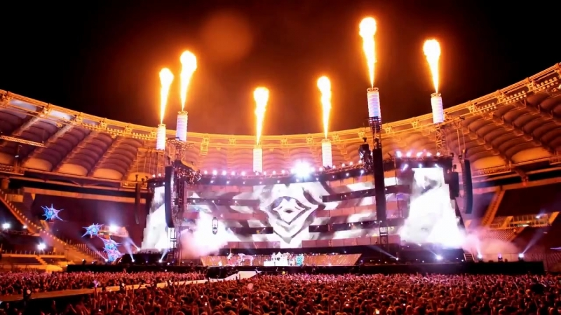 Muse - Survival (Live at Rome Olympic Stadium)
