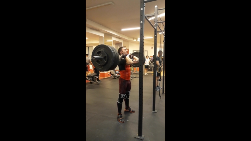 Paused front squats 100*2 PR