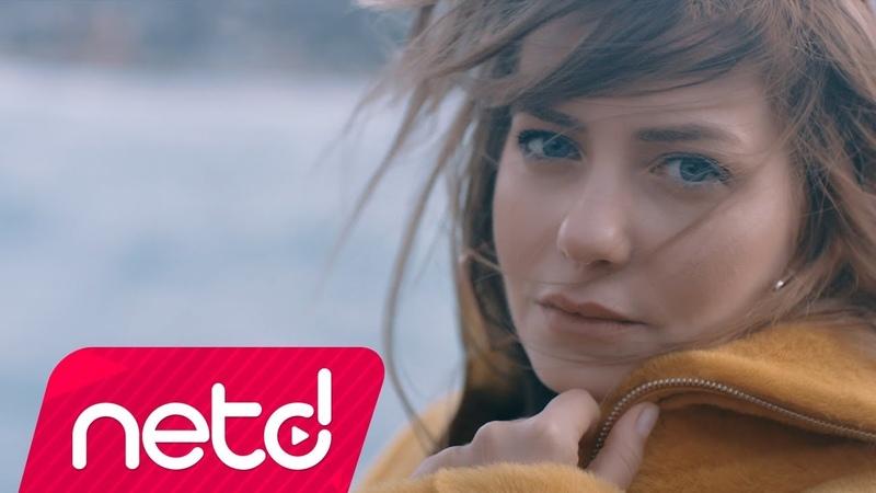 Sera Tokdemir feat. Mustafa Ceceli - Aşk Haklıyı Seçmiyor