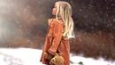 Эта девчушка брела босиком по снегу и на неё никто не обращал внимание И тут вдруг