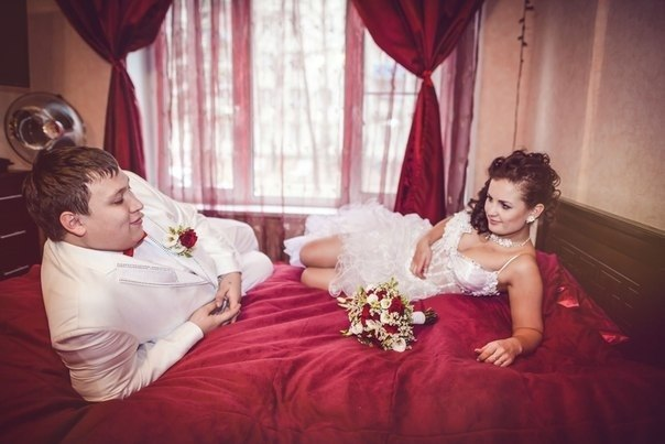 самой видео первой брачной ночи молодоженов мамаша