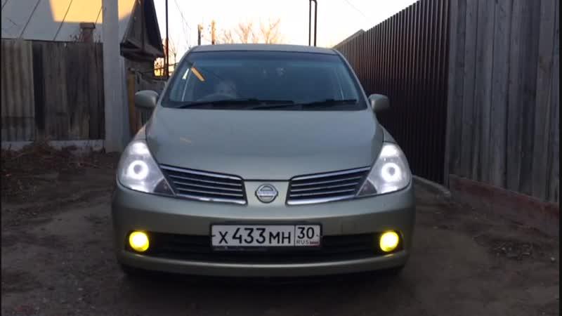 Nissan Tiida Противотуманки Белый_Желтый