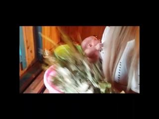 Впервые наш сын Кристиан побывал в русской бане с веничком на берегу озера Чаны 👍