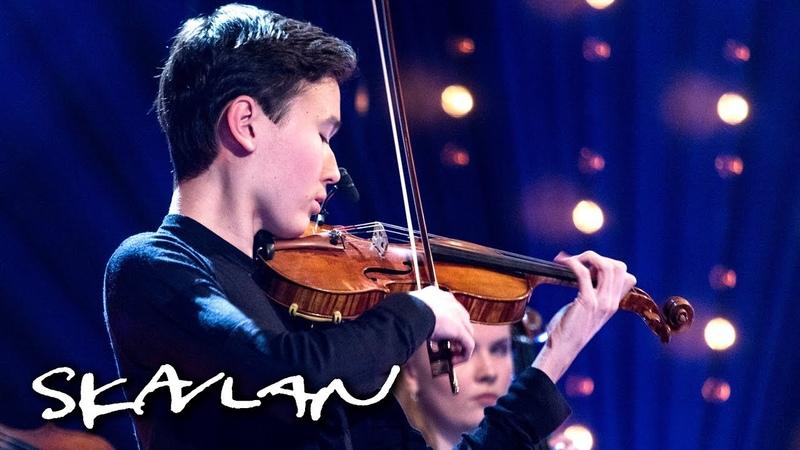 16 year old Daniel Lozakovich plays Bach | SVTNRKSkavlan