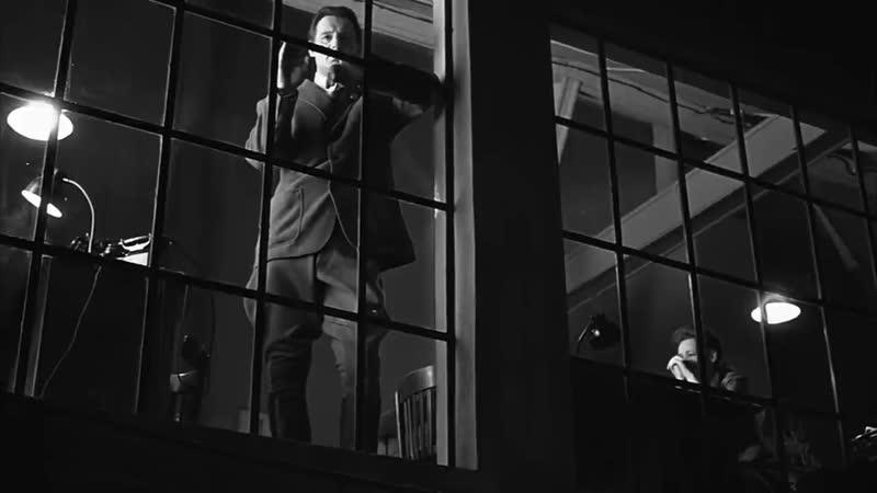 Жестокость офицера СС Амона Гёта.Эпизод к-ф Список Шиндлера(фильм 1993).mp4