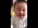НУ ОЧЕНЬ ПРИКОЛЬНЫЙ РЕБЕНОК хорошее настроение юмор дети детство отрочество смеется смешное видео улыбка ребенка