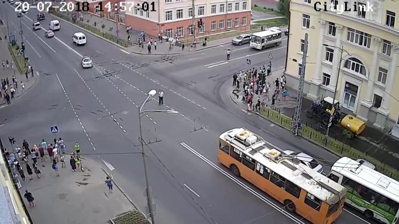 Кортеж Медведева, Петрозаводск, 20 июля 2018