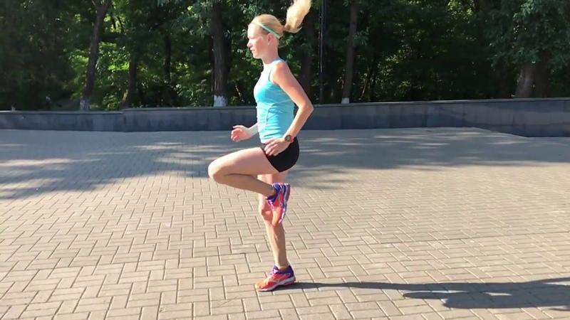 Специальные беговые упражнения (СБУ). Бег с высоким подниманием бедра mov