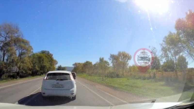 Авария на Ялтинском в сторону теса в Севастополе