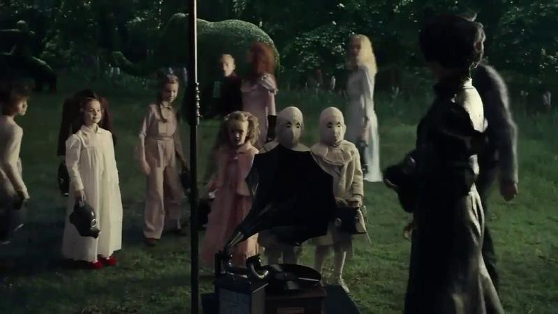 Miss Peregrines Home For Peculiar Children 2016 best scenes 1