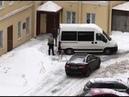 В Питере неизвестные воруют снег