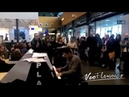 Esto es lo que pasa cuando un Flamenco se encuentra un piano en un Aeropuerto | VEOFLAMENCO