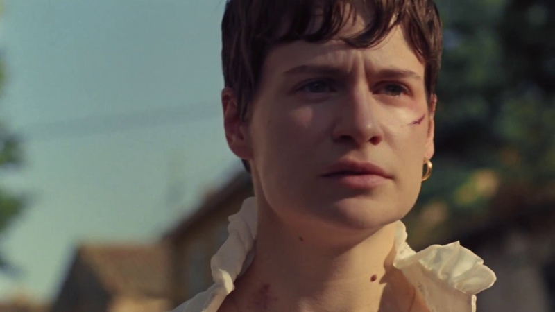 Christine and the Queens The walker Official Music Video