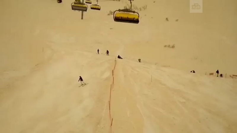 Африканская пыль, превратившая остров Крит в декорации к фильму «Бегущий по лезвию 2049», добралась до Сочи. Видео без фильтров.