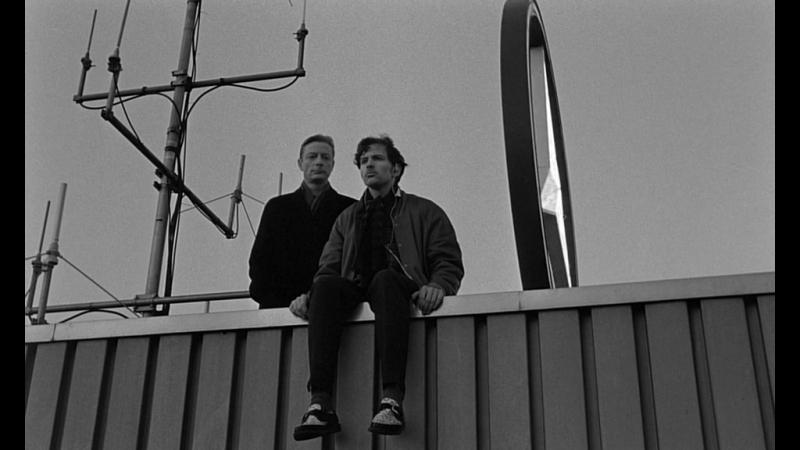 НЕБО НАД БЕРЛИНОМ (1987) - мелодрама, фантастика. Вим Вендерс