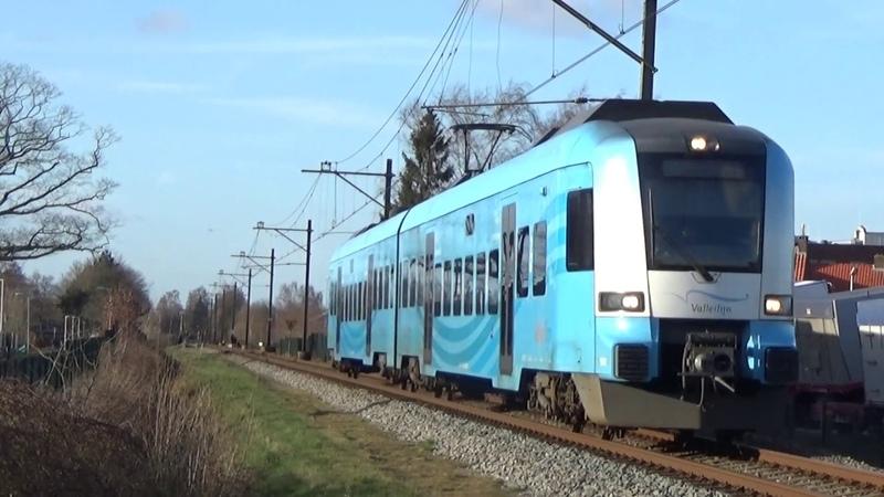 CXX Protos 5032 komt aan in Barneveld Zuid