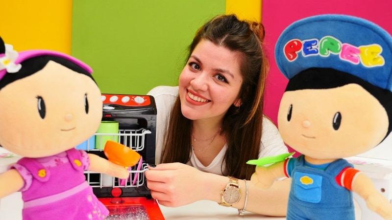 Pepee ve Şila çizgi film oyuncakları. Mutfak oyunu