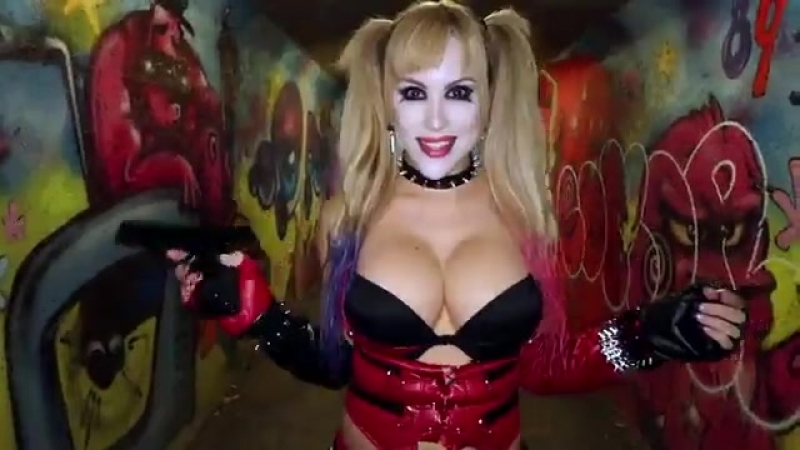Harley Quinn cosplay by Katie Banks порно секс эротика попка booty anal анал сиськи boobs brazzers