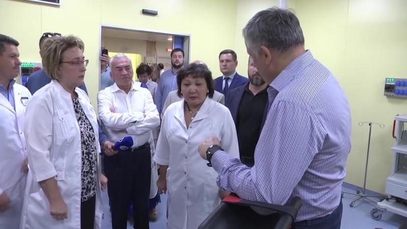Губернатор Ленобласти в гатчинском перинатальном центре