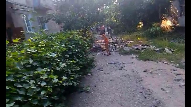 Ирмино (ЛНР).14 августа,2014. После обстрела ВСУ Шепетовская 3.