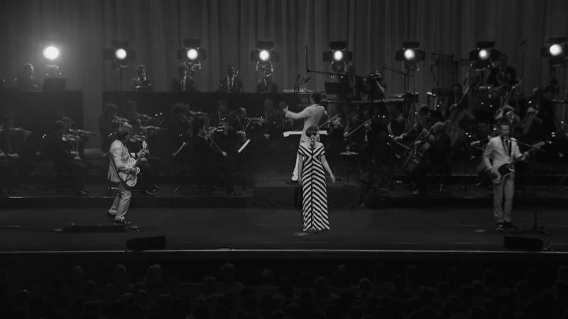 Hooverphonic - One Two Three (Live at Koningin Elisabethzaal 2012)