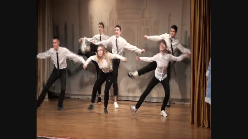 Танцевальная студия Цветик-Семицветик с номером Люди в черном (24.12.2018 год) - 2