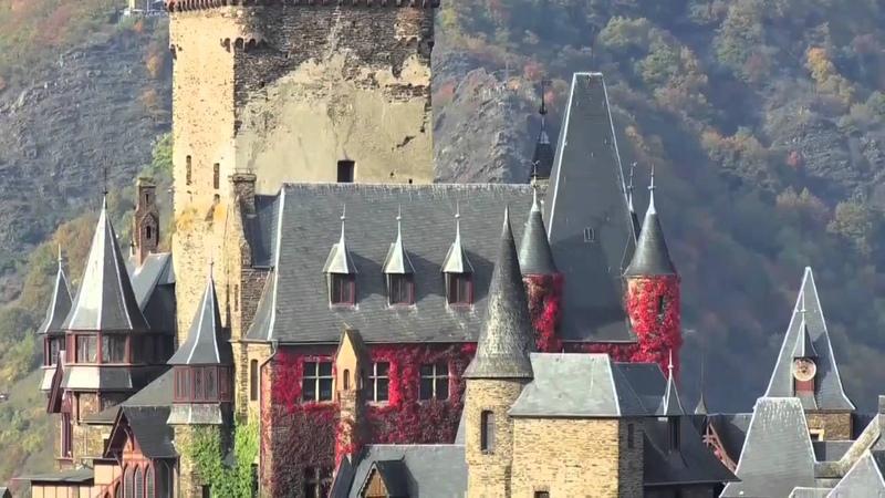 Германия. Замок Райсхбург (Кохем). Туризм. Отдых. Путешествия.