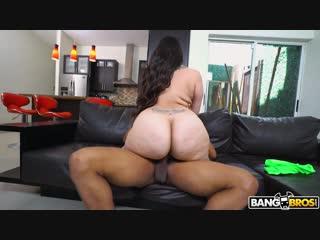 (b.a.w. (big ass women) 18+ vk.com/big_a ss_women) bow to this monster big ass milf alycia starr