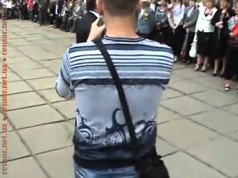 Ляшко сдирает туфли с Рудьковского.flv