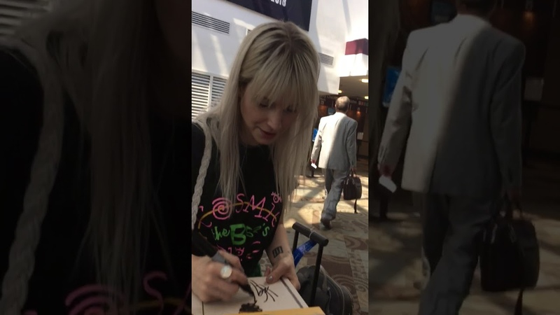 Hayley Williams of Paramore signing autographs in Nashville on 6918